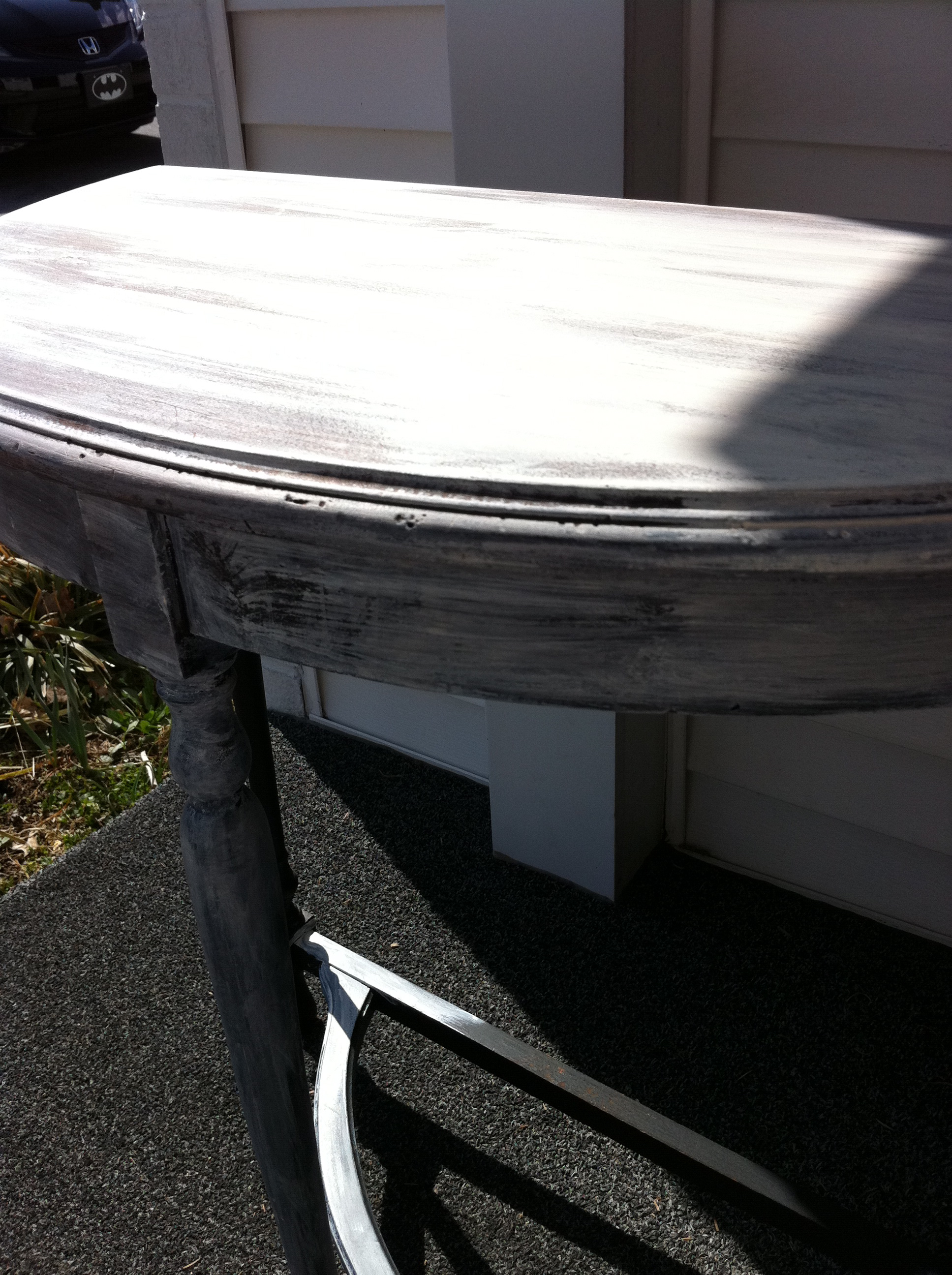 Shabby Chic Table: DIY Tuesday