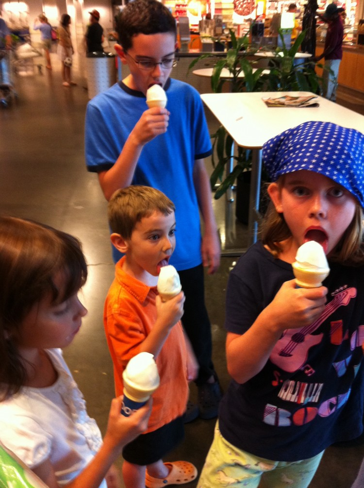 14 Frugal & Fun Summer Activities for Kids