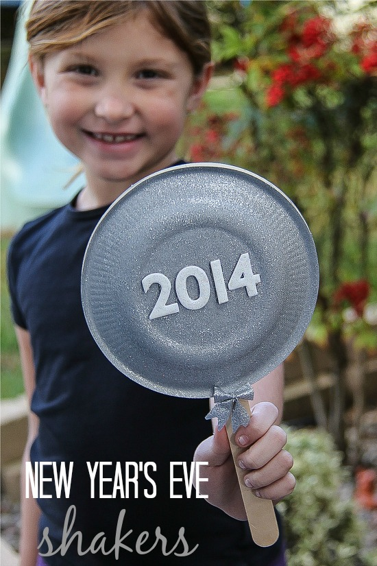 DIY New Years Eve shakers for kids