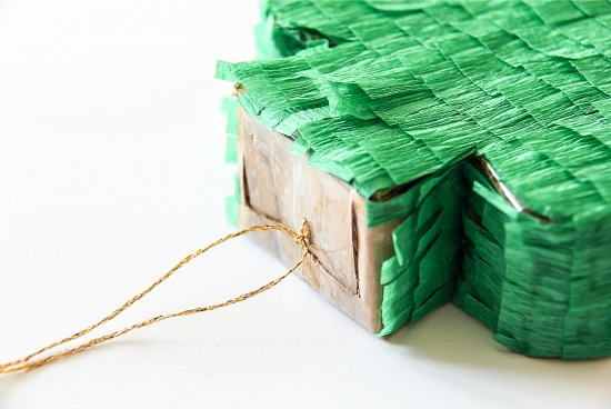 Mini Shamrock piñata-St Patrick's Day craft
