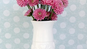 A Simple DIY Painted Vase
