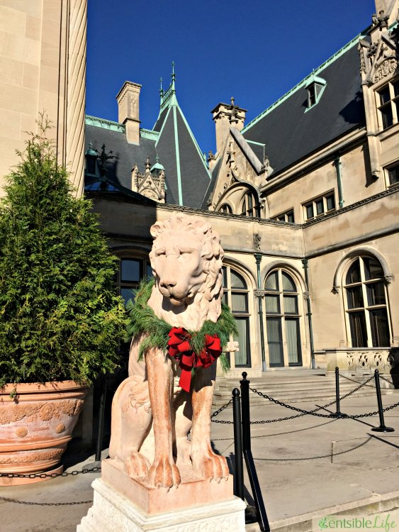 Biltmore Lions at front entrance