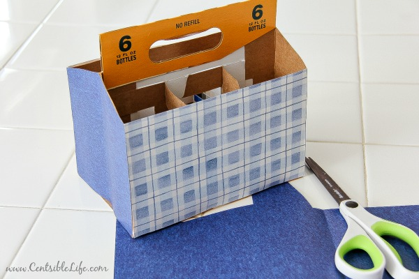 How to make a cardboard utensil caddy for picnics and cookouts this 4th of July | centsiblelife.com